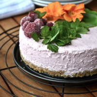 Gesunder No Bake Cheesecake mit Himbeeren