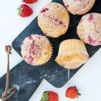 Erdbeer-Buttermilch Muffins | Jetzt wird es fruchtig!