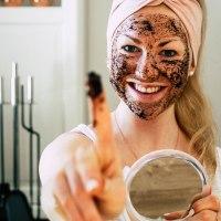 DIY Gesichtsmaske und Peeling mit Kaffeesatz | Naturkosmetik selber herstellen